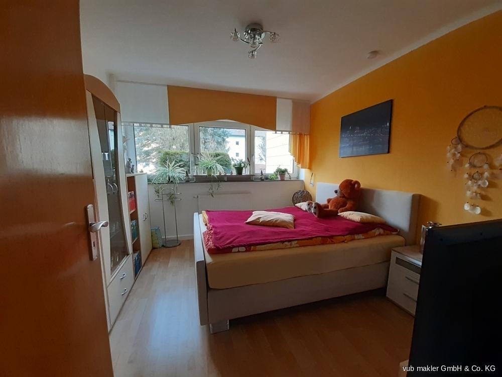 Schlafzimmer- Altbau EG